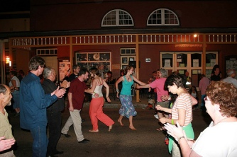 Dancing Gulgong Folk Festival by Flickr member farmgrove