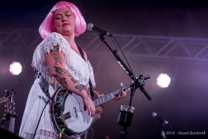 Elle King plays at Bluesfest 2016