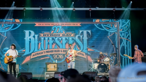 Kale plays at Bluesfest 2016