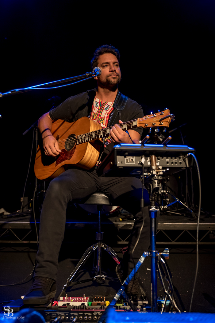 Lyric let me be lyrics xavier rudd : Review: The Beautiful Girls | Timber and Steel