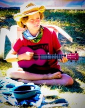 kid busker Cobargo 19 photo Elizabeth Walton-8515